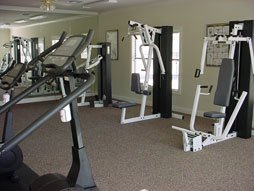 Great Amenities Including a Convenient Fitness Center at Ridge Parc Southwest Dallas Apartments Near Duncanville